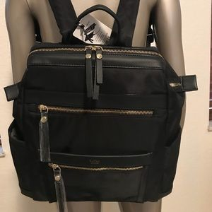 Tutilo hightech backpack built in charger